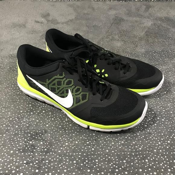 nike lightweight running shoes